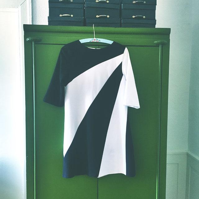 sort hvid 60'er kjole