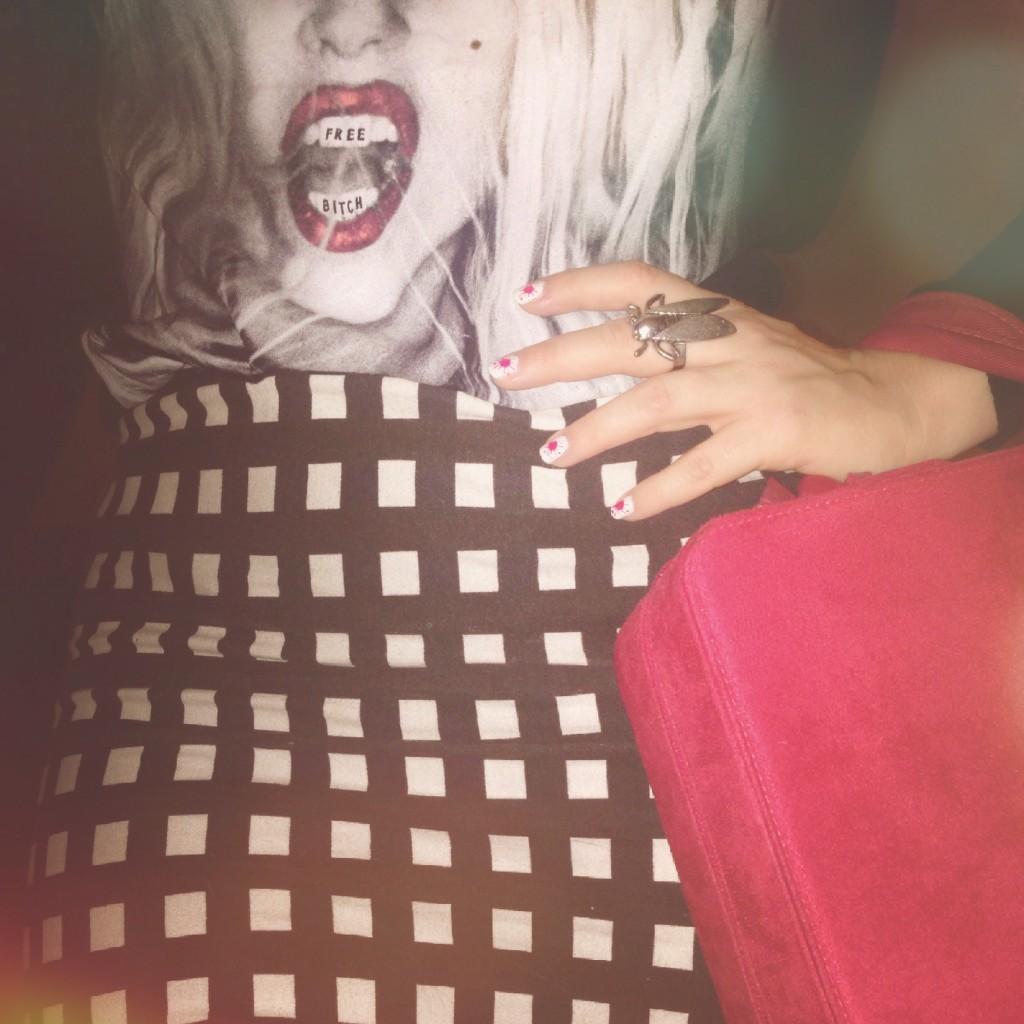 halloween outfit with lady gaga t-shirt