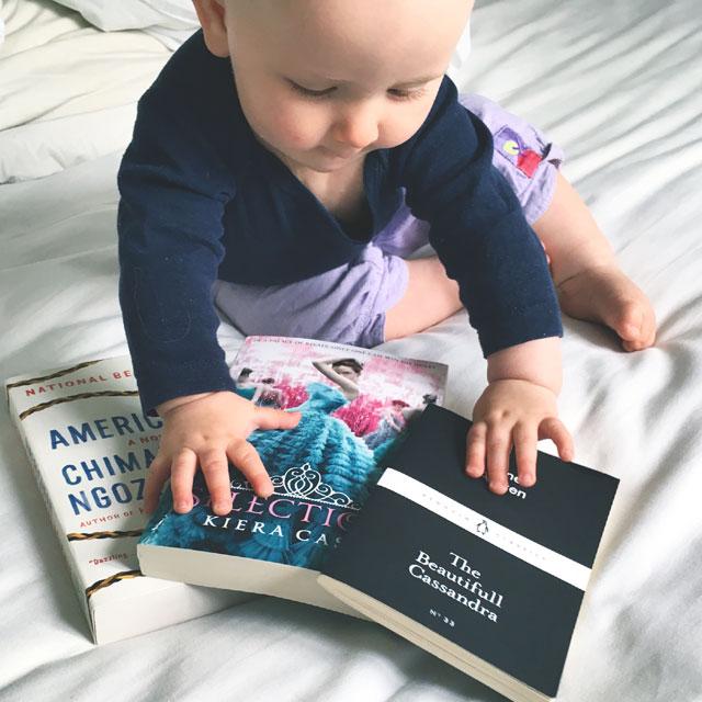 bøger og baby