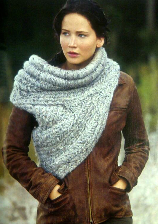 Free Knitting Pattern For Katniss Cowl : Knitting The Bookworms Closet