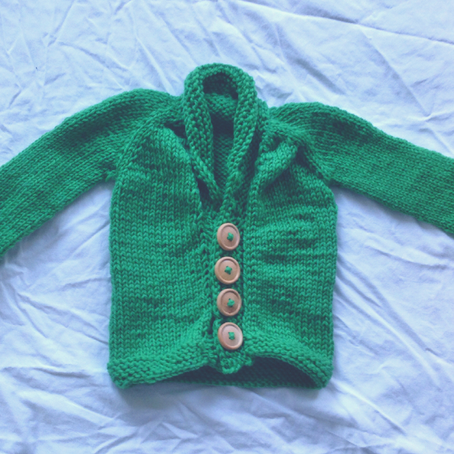 Knitted baby cardigan free pattern