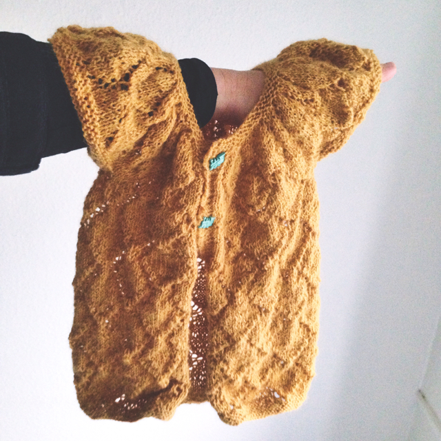 knitted lace baby cardigan free pattern