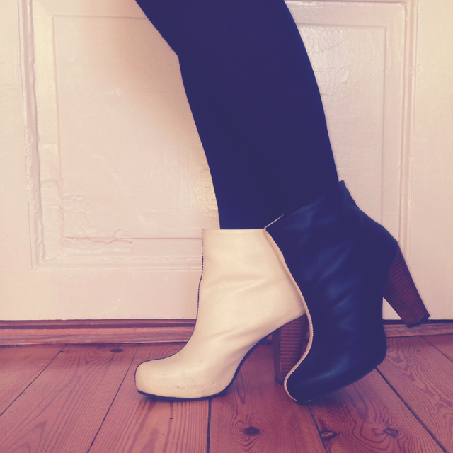 Black and white lola ramona boots