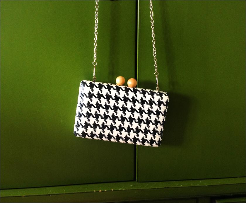 rude 60s purse